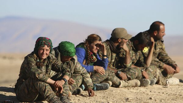 Kurdish fighters from the People's Protection Units - Sputnik France