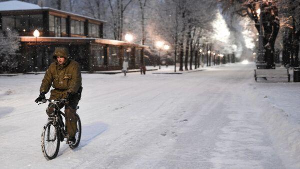 bicyclette en hiver - Sputnik France