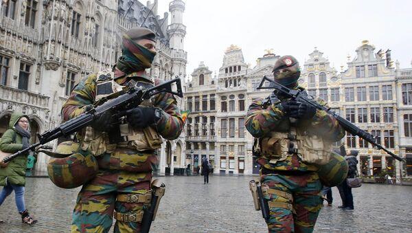 Bruxelles, des militaires dans les rues - Sputnik France