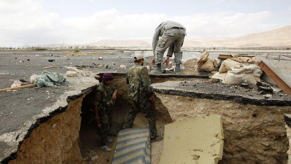 Les forces gouvernemetales syriennes sortent d'un tunnel utilisé par des combattants de l'opposition - Sputnik France