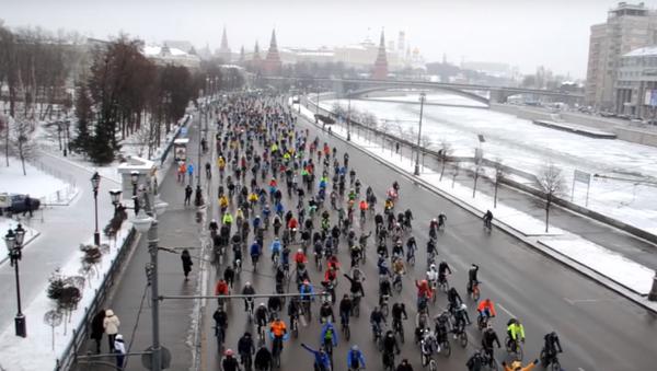 La première véloparade d'hiver à Moscou - Sputnik France