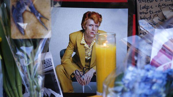 Für Bowie: Berlin rend un dernier hommage à la rock star - Sputnik France