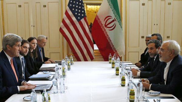 John Kerry et Mohammad Javad Zarif à Vienne - Sputnik France