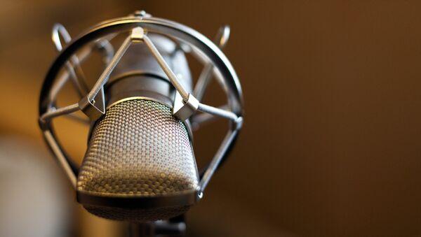 Un microphone - Sputnik France