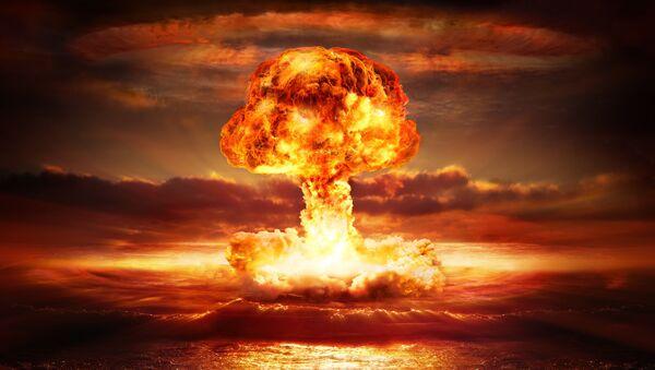 Explosion d'une bombe atomique - Sputnik France