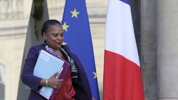 File picture shows French Justice Minister Christiane Taubira as she leaves the Elysee palace in Paris, France, December 23, 2015, following the weekly cabinet meeting. - Sputnik France