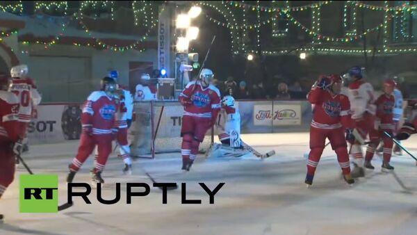 Le légendaire gardien de but Vladislav Tretyak a participé à la cérémonie. - Sputnik France