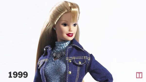 L'évolution de Barbie à travers le temps - Sputnik France