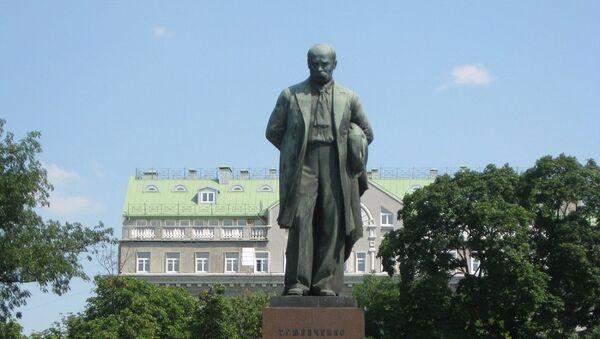 Monument à Taras Chevtchenko à Kiev - Sputnik France