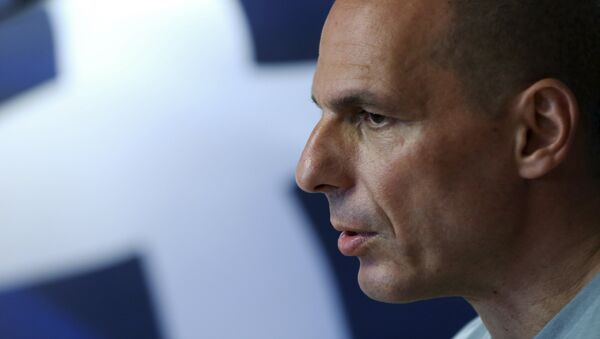 Greek Finance Minister Yanis Varoufakis arrives to make a statement in Athens, Greece, in this July 5, 2015 - Sputnik France
