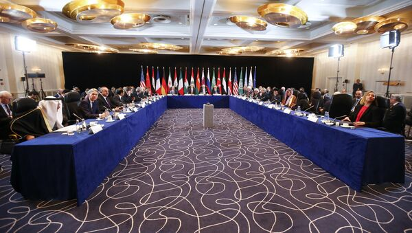 US Secretary of State John Kerry (C, 2nL), Russia's Foreign Minister Sergei Lavrov (C, L) lead the International Support Group for Syria (ISSG) meeting on February 11, 2016 in Munich southern Germany - Sputnik France
