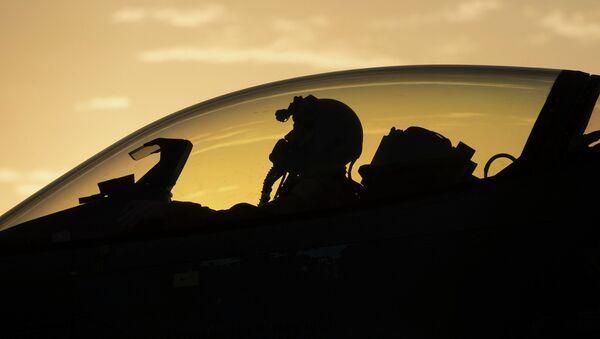 F-16 - Sputnik France