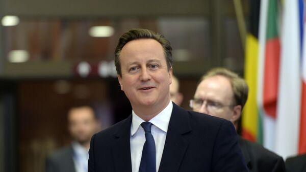 Cameron obtient de Bruxelles un accord anti-Brexit - Sputnik France