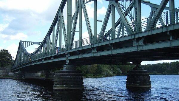 Pont Glienicker - Sputnik France