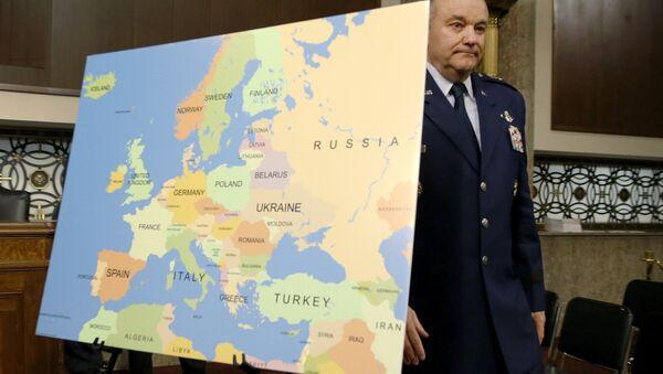 Pentagone: les USA sont prêts à combattre et vaincre la Russie en Europe - Sputnik France