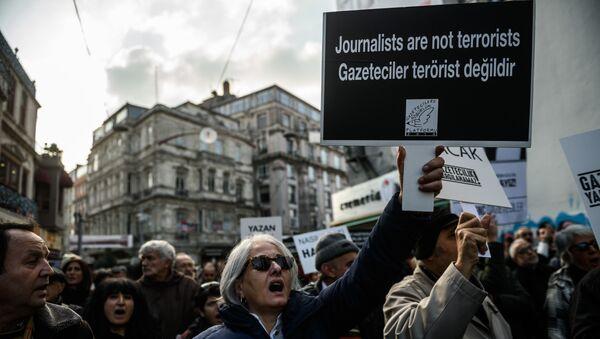 L'inculpation des journalistes turcs - Sputnik France