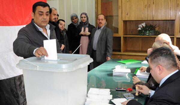Le référendum en Syrie a confirmé la légitimité du pouvoir - Sputnik France