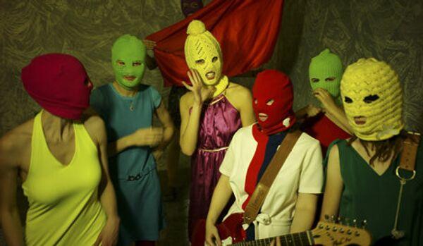 Chanteuses du groupe Pussy Riot accusées de voyoutisme - Sputnik France