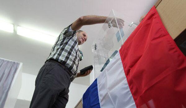 France/législatives : la gauche et la droite au coude à coude - Sputnik France
