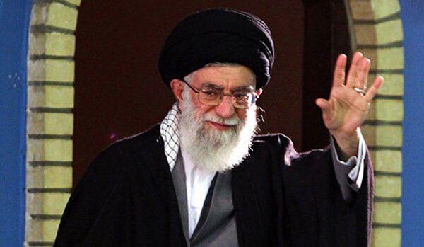 Iran : gouvernement doit défendre l'économie nationale (Khamenei) - Sputnik France