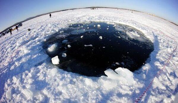 Le lieu de chute du météorite de Tcheliabinsk a été identifiée - Sputnik France