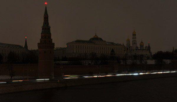 Le Kremlin de Moscou et la Place Rouge ont plongé dans l'obscurité - Sputnik France