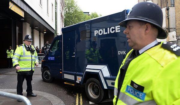 Des étudiants musulmans affirment que le meurtre de Woolwich est un faux - Sputnik France