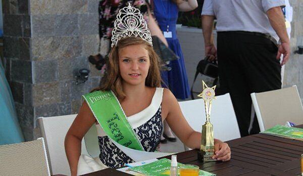 Une écolière russe remporte le titre de Little Miss Planet 2013 - Sputnik France
