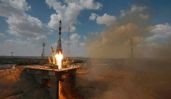 Un lanceur russe avec un satellite égyptien décolle depuis Baïkonour - Sputnik France