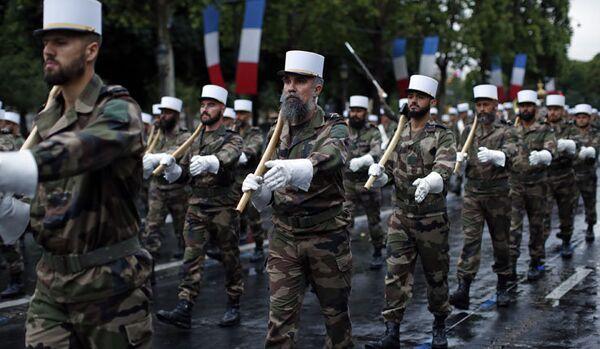 France : le défilé du 14 Juillet prend une dimension inédite - Sputnik France