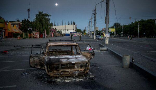 Ukraine : des quartiers résidentiels de Lougansk pillonnés - Sputnik France
