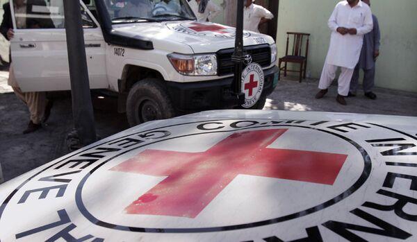 Le personnel de la Croix-Rouge accompagnera chaque camion transportant de l'aide humanitaire russe vers l'Ukraine - Sputnik France