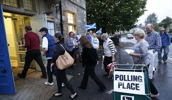 Référendum d'indépendance en Ecosse : les bureaux de vote ferment - Sputnik France