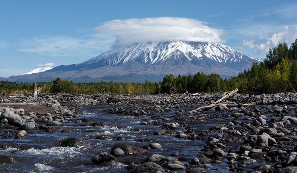 Les beautés de Russie. Kamchatka - la terre des geysers et des volcans - Sputnik France