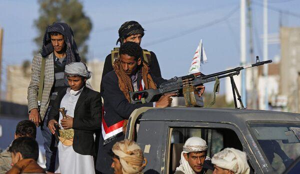 Les Houthis : une prise de contrôle du détroit de Bab-el-Mandeb, une offensive sur Riyad et le futur gouvernement du Yémen - Sputnik France
