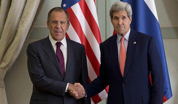 Lavrov et Kerry se sont entretenus en France - Sputnik France