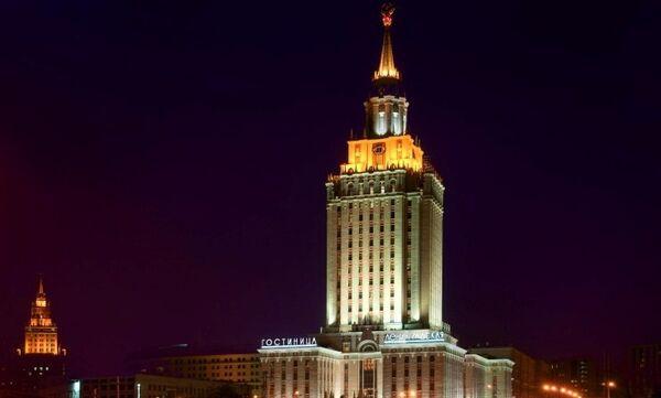 Les gratte-ciel de Moscou. L'hôtel « Hilton-Leningradskaïa » - Sputnik France