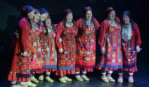 L'ensemble Buranovskiye Babushki se produira avec Mireille Mathieu - Sputnik France