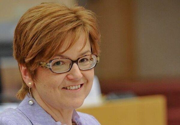 Ingeborg Grässle : « Allez ! Au travail » - Sputnik France