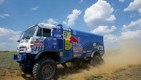 Dakar 2015 - camions: le Russe Mardeev prend les rênes de la course - Sputnik France