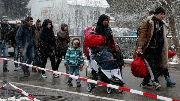 L'Autriche lancera une campagne pour effrayer les migrants potentiels - Sputnik France