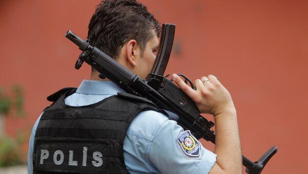 Un policier turc à Istanbul - Sputnik France