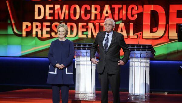 L'affrontement Clinton-Sanders tourne à l'affrontement idéologique - Sputnik France