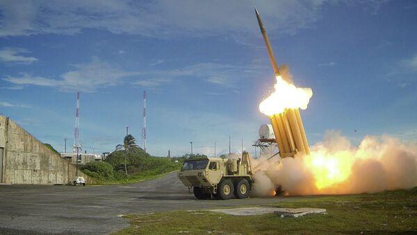 Des tirs d'essai de missiles THAAD - Sputnik France