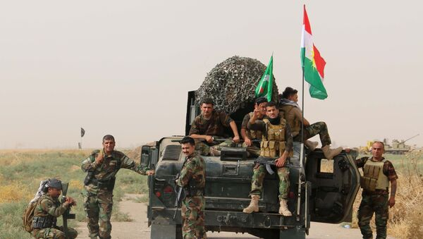 Des peshmergas, combattants des forces armées kurdes d'Irak - Sputnik France
