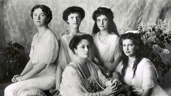 L'impératrice Alexandra Feodorovna et ses filles - Sputnik France