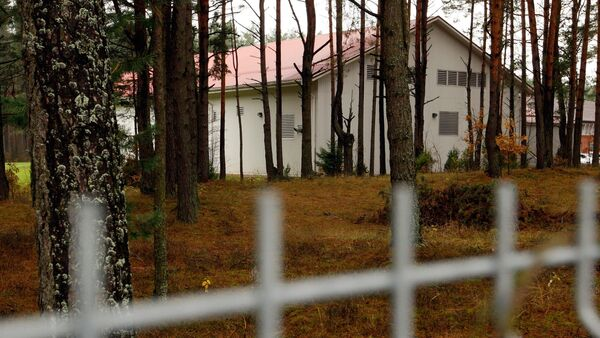 This Thursday, Nov. 19, 2009 picture shows a building in the Antaviliai, Lithuania, 20 kilometers (12 miles) outside Vilnius which allegedly housed a CIA prison. - Sputnik France