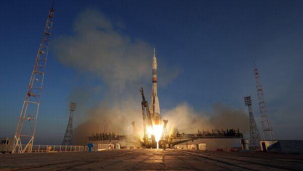 Soyuz TMA-19M spacecraft lifts off from Baikonur Space Center - Sputnik France