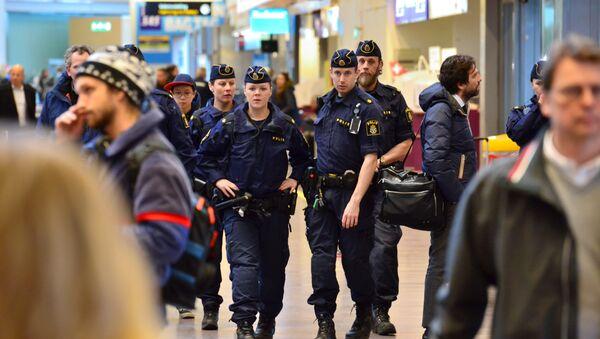 Police suèdoise après les attentats de Bruxelles - Sputnik France