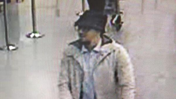 La police belge publie la photo d'un auteur présumé des attentats - Sputnik France